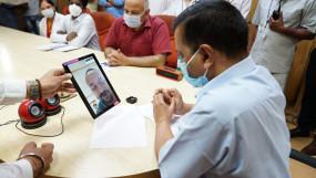 दिल्ली : एलएनजेपी में कोरोना मरीजों के लिए वीडियो कांफ्रेंसिंग की सुविधा