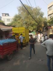 सूनी पड़ी हैं पुरानी दिल्ली की मशहूर दुकानें