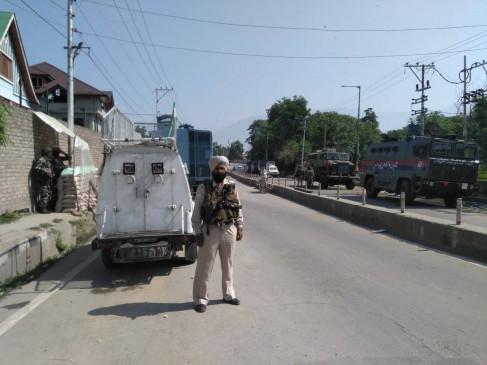 J&K: शोपियां-श्रीनगर की मुठभेड़ों में चार आतंकी मारे गए, मोबाइल इंटरनेट सेवा सस्पेंड