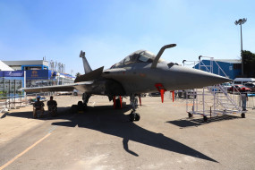 फ्रांस जुलाई अंत तक राफेल लड़ाकू विमान की आपूर्ति कर देगा