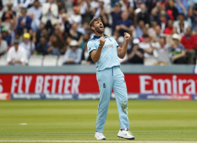 क्रिकेट: प्लंकट ने कहा, मुझे लगता है मैं अभी भी खेल सकता हूं