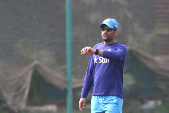 क्रिकेट कमेंट: गंभीर ने कहा, धोनी अगर नंबर-3 पर खेलते तो कई रिकॉर्ड तोड़ते