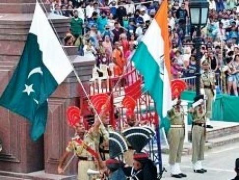 लॉकडाउन: पाकिस्तान में फंसे भारतीयों की गुरुवार से होगी स्वदेश वापसी