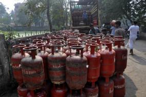 महंगाई का झटका : रसोई गैस सिलेंडर के दाम बढ़े