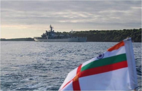 आईएनएस ऐरावत मालदीव में फंसे 198 भारतीयों को लेकर तूतीकोरिन पहुंचा