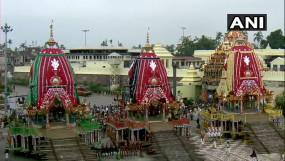 Jagannath Rathyatra: पुरी के राजा ने सोने के झाड़ू से की सफाई, निभाई 'छेरा-पहंरा' परंपरा