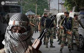 जम्मू कश्मीर: अनंतनाग में CRPF की टीम पर आतंकी हमला, एक जवान शहीद, बच्चे की भी मौत