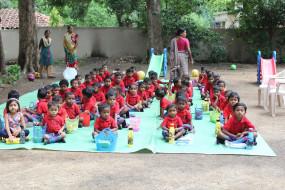 झारखंड : प्रवासी मजदूर बनाएंगे सरकारी स्कूलों के यूनीफॉर्म