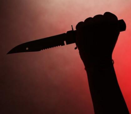 साइड न देने पर ट्रक चालक व कंडक्टर पर चाकू से हमला