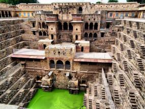 अजब-गजब: 900 साल पुराना है भारत का ये कुआं, इसके अंदर बनी है 30 किलोमीटर लंबी सुरंग