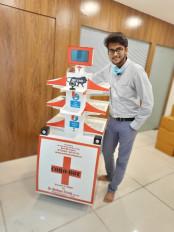 कोविड-19 : महाराष्ट्र के युवक ने बनाया दुनिया का पहला इंटरनेट-नियंत्रित रोबोट