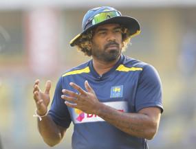 कोरोना का डर: सचिन ने कहा, मलिंगा को गेंद चूमने की अपनी आदत को बदलना चाहिए