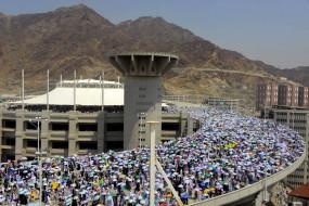 मक्का की मस्जिदें रविवार को फिर से खुलेंगी