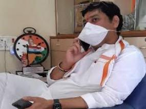 मंत्री धनंजय मुंडे संक्रमित,कोरोना की चपेट में आने वाले ठाकरे सरकार के तीसरे मंत्री