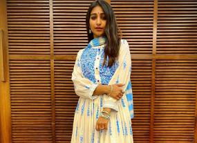 कोविड-19 पॉजिटिव होने के बावजूद घर लौटीं मोहिना कुमारी