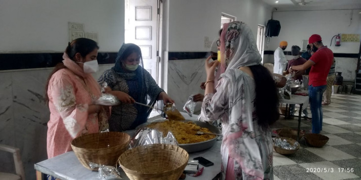 लॉकडाउन के दौरान जरूरतमंदों में बांटे गए 4 लाख से ज्यादा खाने के पैकेट