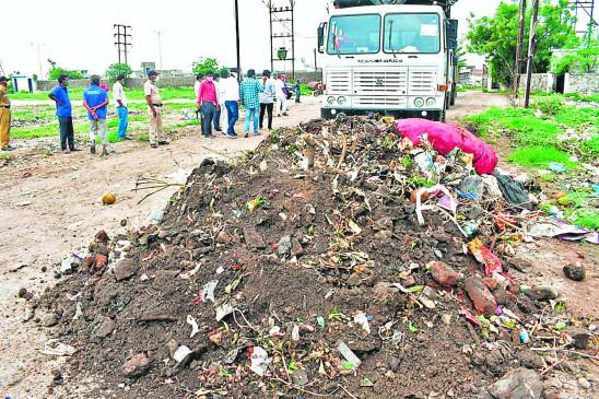 नागपुर के डंपिंग यार्ड में कचरे की जगह मिट्टी और पत्थर,मालामाल हो रही एजेंसियां
