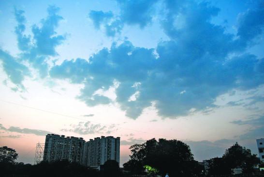 नागपुर: दिन भर बादलों की चलती रही लुका-छिपी, पारे में गिरावट दर्ज