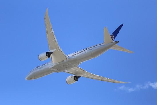हवाई सेवाएं बहाल होने के बाद से करीब 12 लाख लोगों ने यात्रा की