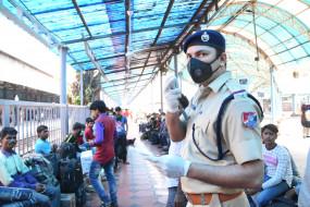 ओडिशा सरकार ने 11 जिलों में सप्ताहांत बंद की घोषणा की
