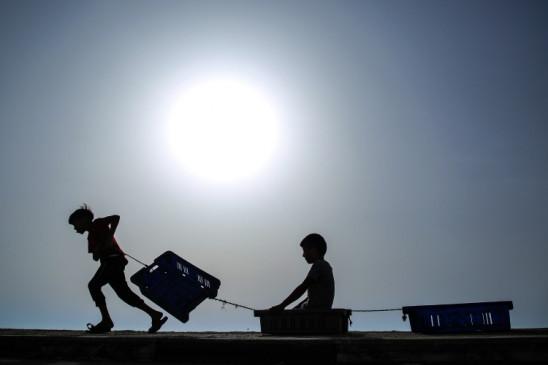 पुरी दुनिया में हर 100 लोगों में से एक व्यक्ति विस्थापित : यूएनएचसीआर