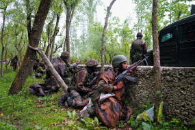 पाकिस्तान ने नियंत्रण रेखा के पास किया संघर्ष विराम का उल्लंघन