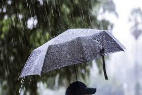 देर रातफिर सुबह की बारिश ने दिखाया असर, तापमान में हल्की गिरावट