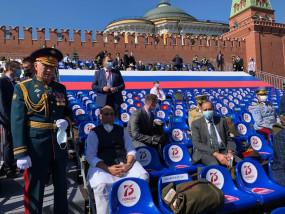 राजनाथ ने व्यापारिक वार्ता बाद मॉस्को में विजय दिवस परेड में हिस्सा लिया