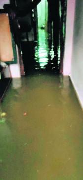 नागपुर की सड़कें बनी तलैया, पहली ही मूसलाधार बारिश से खुली पोल