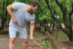 सलमान खान ने पर्यावरण दिवस पर पनवेल फार्महाउस की सफाई की