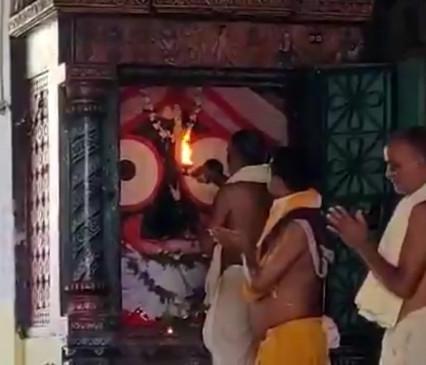 पुरी के जगन्नाथ मंदिर के सेवक कोविड-19 से संक्रमित पाए गए
