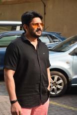 शाहरुख की नई इंस्टा फोटो किसी भी आदमी को समलैंगिक बना दे : अरशद वारसी