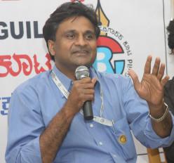 यादें: लक्ष्मण ने कहा, भारतीय तेज गेंदबाजी में श्रीनाथ क्रांति लेकर आए थे