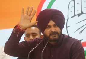 पंजाब में 2022 चुनाव से पहले कांग्रेस छोड़कर आप का दामन थाम सकते हैं सिद्धू