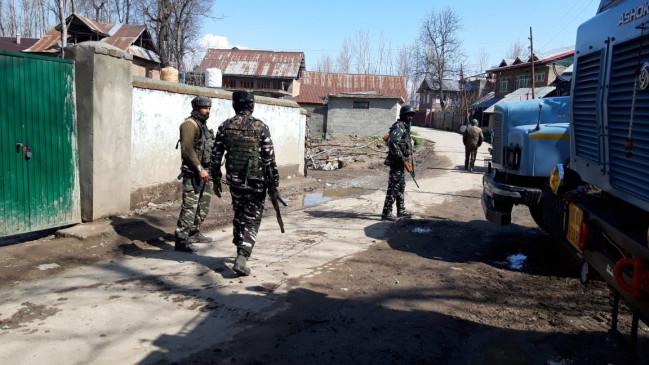 जम्मू-कश्मीर में सैनिक लापता, डूबने की आशंका