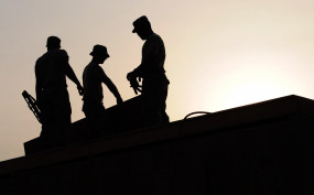 चीन में 90 लाख लोगों को रोजगार देने का लक्ष्य