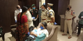 गलवान में शहीद हुए कर्नल का परिवार तेलंगाना में गृहनगर पहुंचा