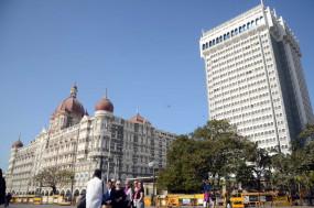 मुंबई के ताज होटल को उड़ाने की धमकी, सुरक्षा कड़ी की गई