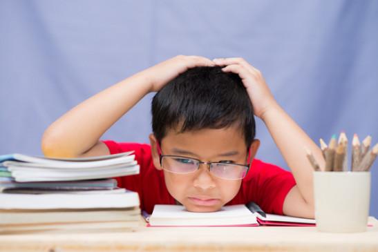 Tips: पढ़ाई में नहीं लग रहा है बच्चे का मन, तो अपनाएं ये उपाय