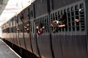 श्रमिकों को घर भेजने के लिए उप्र ने मांगी और अधिक श्रमिक ट्रेन