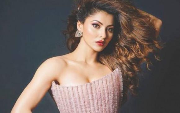 Bollywood: सेलेब्रिटीज पर हमेशा अच्छा दिखने को लेकर रहता है दबाव-उर्वशी रौतेला