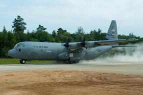 US Air Force: अमेरिकी सेना का C-130 विमान इराक में क्रैश, पायलट समेत चार सैनिक घायल