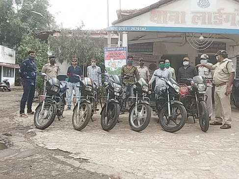 वाहन चोर लगे पुलिस के हाथ, पाँच बाइकें बरामद