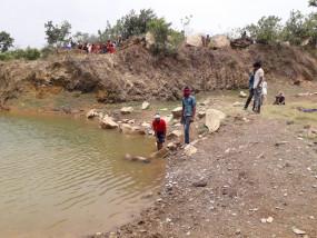 बंद पड़ी मार्बल खदान में दो बच्चों की जल समाधि