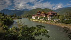 भूटान से पानी की आपूर्ति स्वाभाविक रूप से अवरुद्ध हुई थी : सरकार