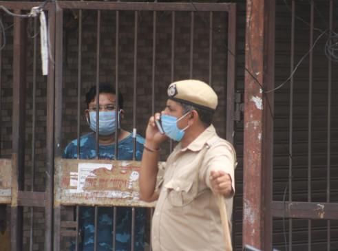 दिल्ली में कंटेनमेट जोन की संख्या क्यों बढ़ रही