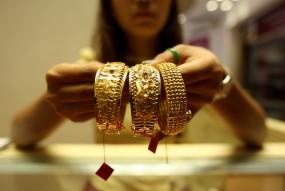 घरेलू वायदा बाजार में 50 हजारी हुआ सोना, चांदी 61000 रुपये से ऊपर (लीड-1)