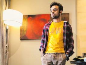 अभिनेता जितेंद्र कुमार ने अपनी बेसिक तस्वीर साझा की
