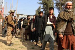 अफगान सरकार ने तालिबान कैदियों की रिहाई रोकी