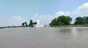 बिहार : 10 जिले बाढ़ से प्रभावित, गोपालगंज में मंदिर-मस्जिद, स्कूल-मदरसा डूबे